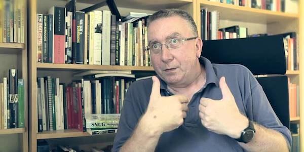 """L'escriptor català Matthew Tree, anglès d'origen, vindrà al Casal del Conflent el dijous 24 de setembre per a presentar el seu llibre """"El conflicte inevitable"""". Serà a les 20h30. Aquesta […]"""